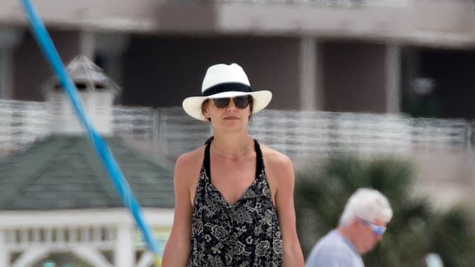Katie Holmes har tröttnat på hemlighetsmakeriet Foto: SPLASH NEWS