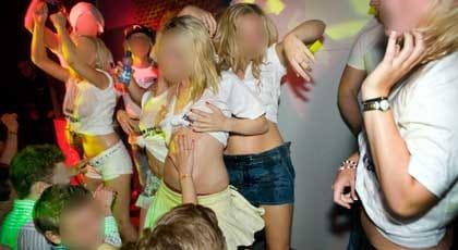långt hår prostituerade rövsex i Örebro