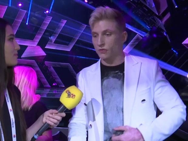 """Axel Schylström: """"Min kropp råkar vara ärrad, men jag skäms inte"""""""
