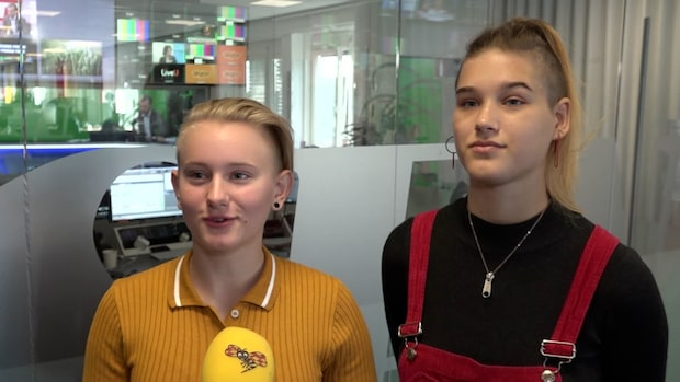 Isabelle och Ell har strejkat varje fredag sedan december