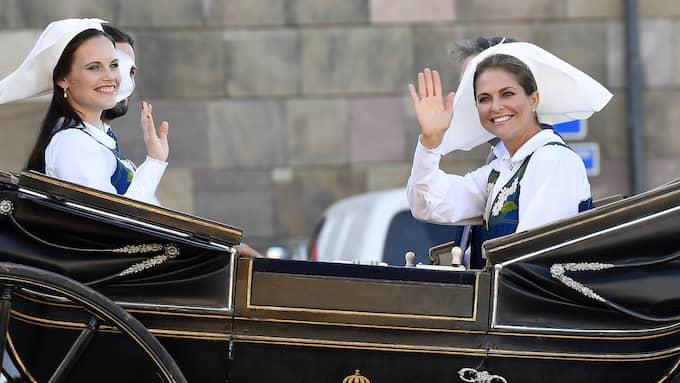 Prinsessan Sofia, prins Carl Philip, Chris O'Neill och prinsessan Madeleine. Foto: KARIN TÖRNBLOM / IBL BILDBYRÅ