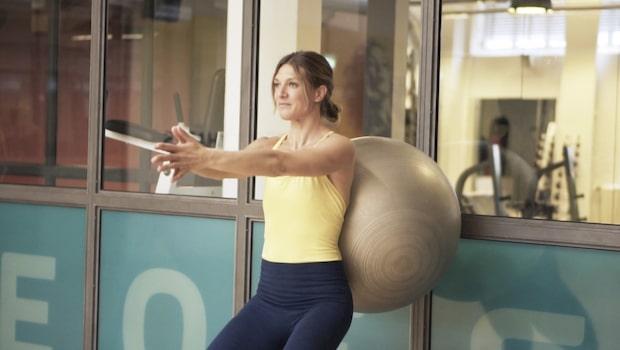 5 effektiva övningar med en pilatesboll