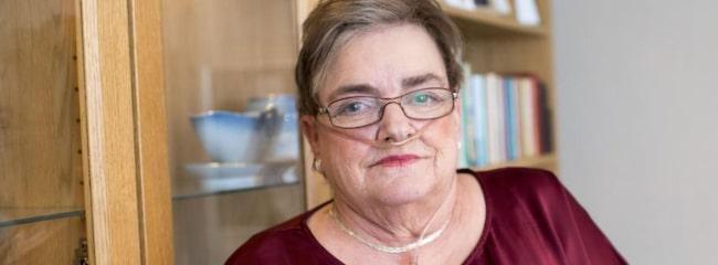 """Försöker leva som vanligt. Agneta Andersson, 65, trodde att hon bara var förkyld. Senare fick hon diagnosen kol. """"Det är jobbigt, men jag försöker att leva så normalt jag bara kan"""", säger hon. Foto: Tomas LePrince"""