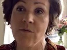 """Lottie Knutson: """"Svenskarna blir bestraffade och isolerade"""""""