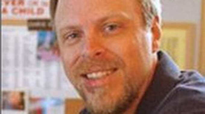 """Christopher Greeley. Talare på Uppsala-konferensen. Pr-ansvarig i Ray Helfer Society som dömt ut skeptiker som """"förnekare"""" i klass med konspirationsteoretiker som förnekar att hiv orsakar aids."""
