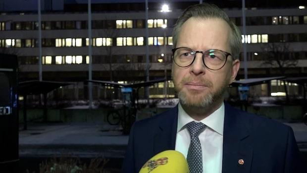 """Mikael Damberg om skogsbränderna: """"Vi har utredningar på gång"""""""