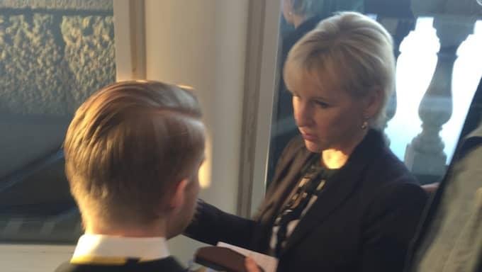 """""""Nu säger jag ingenting mer"""", sa hon när en Tv4-journalist undrade var hon bor just nu. Foto: Niklas Svensson"""