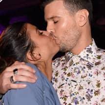Kyss dating adjö Sammanfattning