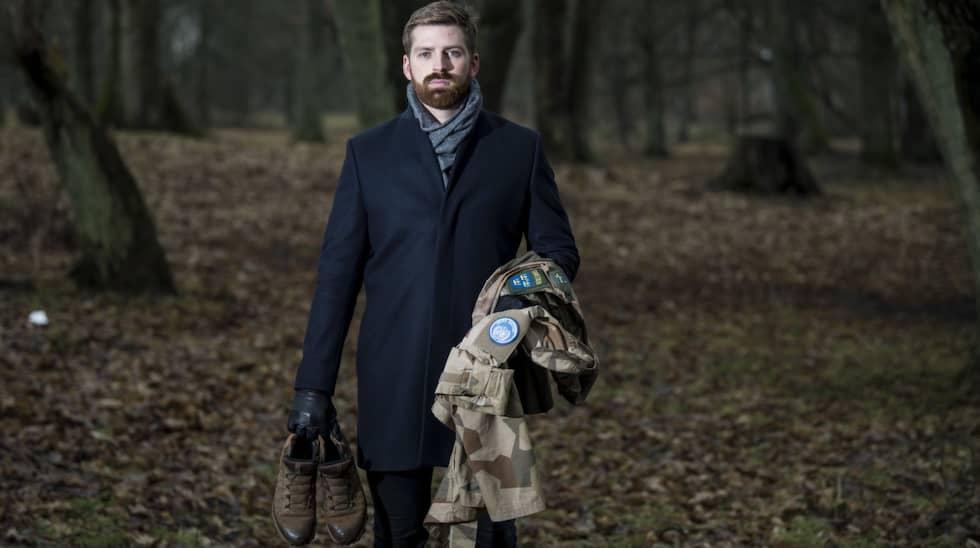 Han har betalat cirka 15 000 för sin utrustning. Foto: Christian Örnberg