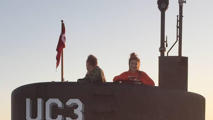 Kim Wall ombord på Peter Madsens ubåt. Foto: PRIVAT