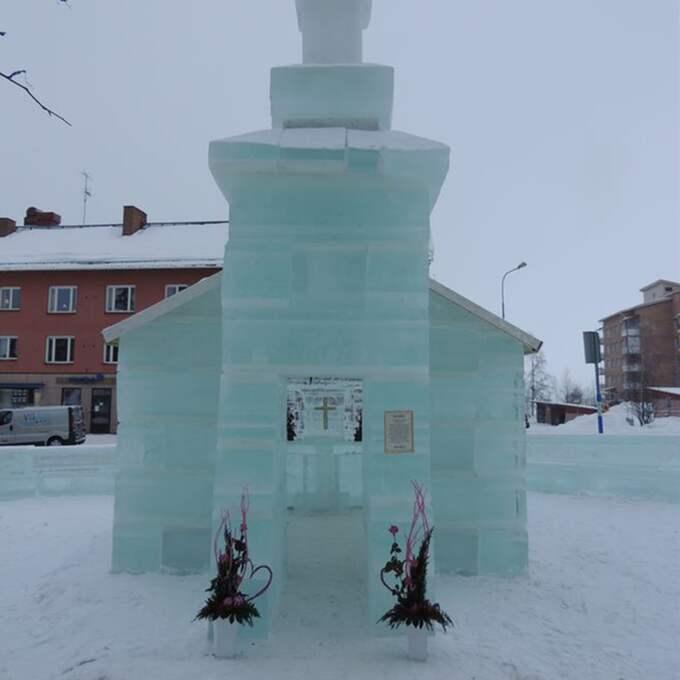 Kyrkan byggs av is från Siksjön. Medellivslängden är runt tre veckor. För eller senare blir det töväder.