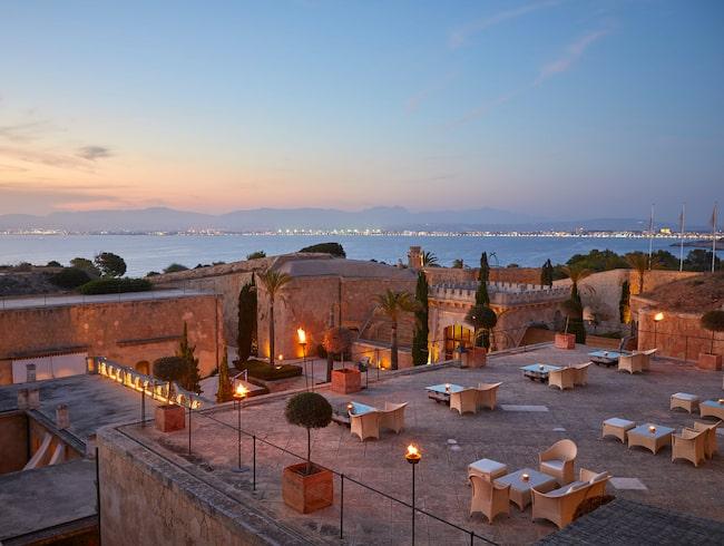 Att bo på Cap Rocat är som att befinna sig i ett arabiskt medelhavspalats.