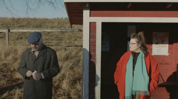 Nej till cigaretter – Kakan Hermansson ryter ifrån