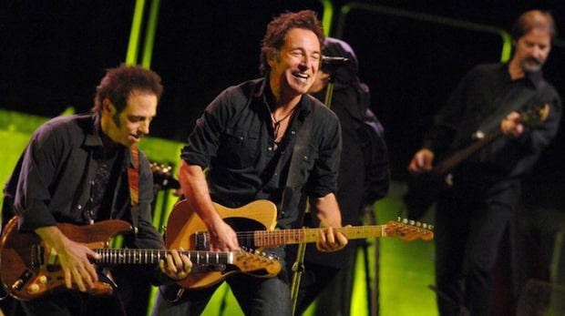 Bruce Springsteen bjöd upp sin 90-åriga mamma på scen