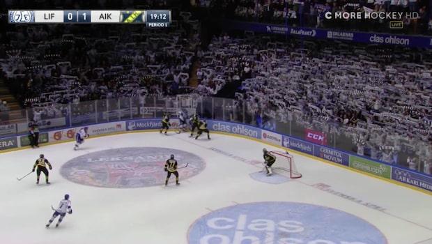 Tobias Forsberg hyllas av supportrarna