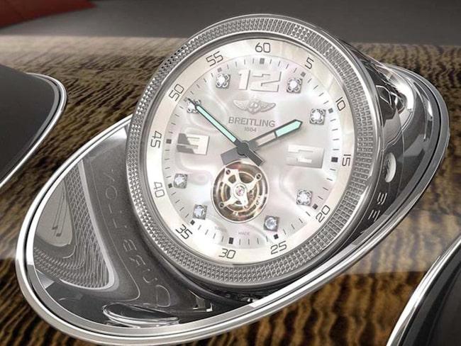 Tid är dyrbart – särskilt i en Bentley.