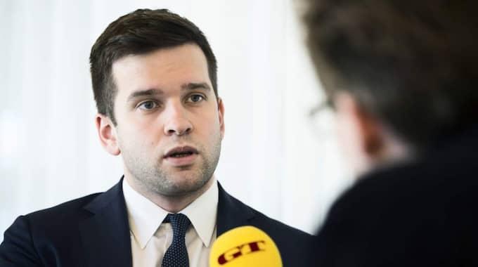 BLEV UTMANAD. När Gabriel Wikström tillträdde som minister blev han utmanad via sms av Anneli Hulthén som ville att han skulle delta i Göteborgsvarvet. Foto: Robin Aron
