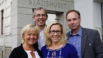 Alliansen i Göteborg har budgetmöte med pressen. Från vänster: Carina Liljesand (K), Jan Hallberg (M), Helené Odenljung (FP), Anders Flankings (C) Foto: Lisa Björk