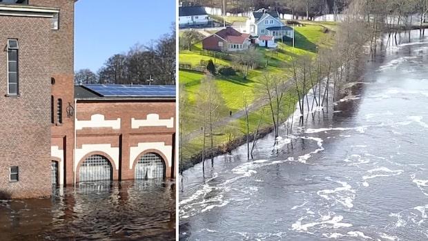 Se drönarbilderna: Här stiger vattenmassorna – upp över fönstren