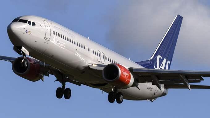 Ett SAS-plan på väg till Hongkong tvingades vända tillbaka till Arlanda efter att ha drabbats av tekniska problem. Planet på bilden är ett annat plan. Foto: / TT NYHETSBYRÅN