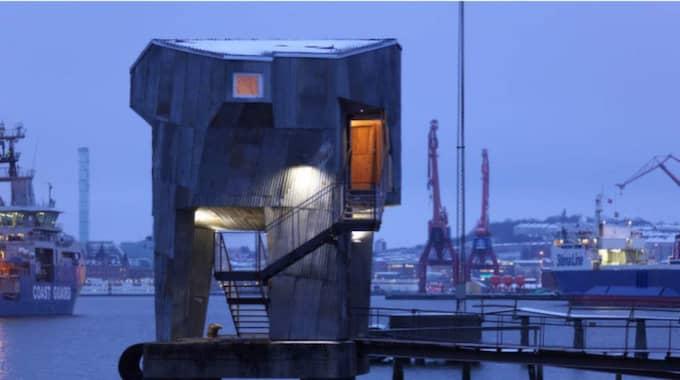 Göteborgarnas nya bastu - på pålar i Göta älv med egen hamnutsikt. Foto: ÄLVSTRANDEN UTVECKLING