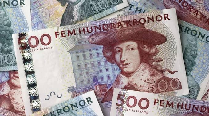 """""""För Sverige är min uppfattning att det handlar om 500 miljarder icke transparanta pengar, pengar som ligger gömda. Det behöver inte vara rent olagligt, det kan vara i gränslandet också"""", säger Torsten Fensby."""