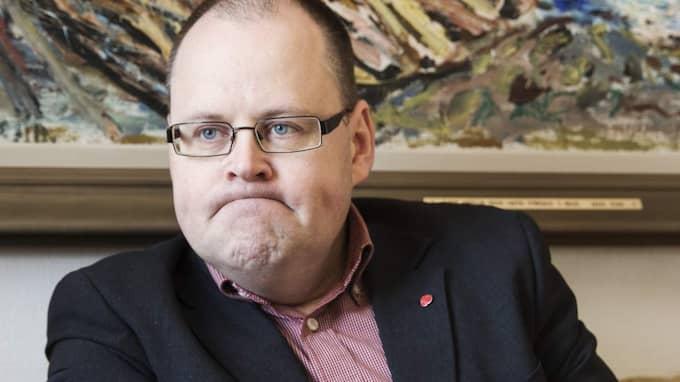 Johan Nyhus (S), det socialdemokratiska kommunalråd som kontaktade Theo Papaioannou, menar att det som Vägvalets partiledare ser som ett fult spel är fullt normalt och sker efter varje val. Foto: Anders Ylander