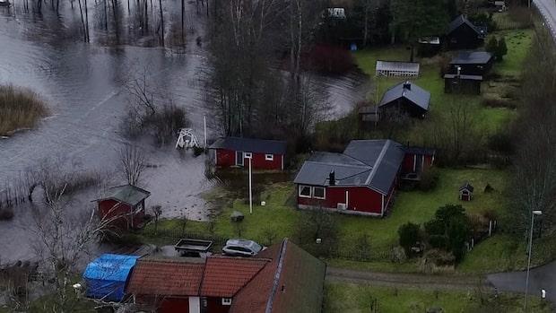 Här är bilderna på översvämningen efter stormen Dennis